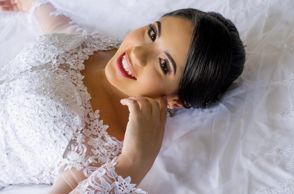 novia siendo retratada por fotógrafo de bodas en ciudad de méxico