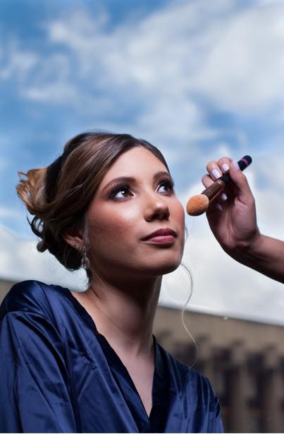 arreglo de la novia maquillaje en sesion de fotos